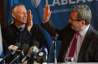 L'ex-bras droit du maire, Richard Côté, avec Québec 21
