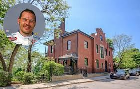 Jacques Villeneuve tente à nouveau de vendre son immense maison de Westmount