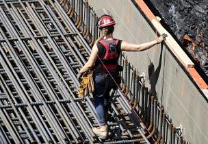 More than a third of construction workers leave the industry within five years: report